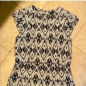 Theory women's geometric size 6 dress!